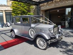 Chauffeurs Wedding Cars